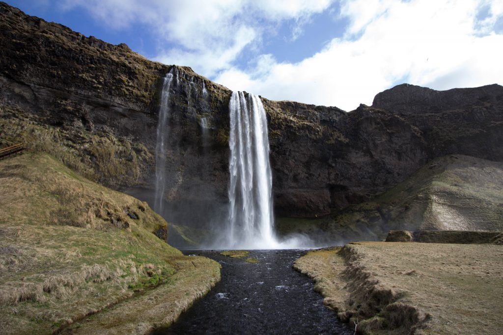 little-wanderings-seljalandsfoss-iceland-2
