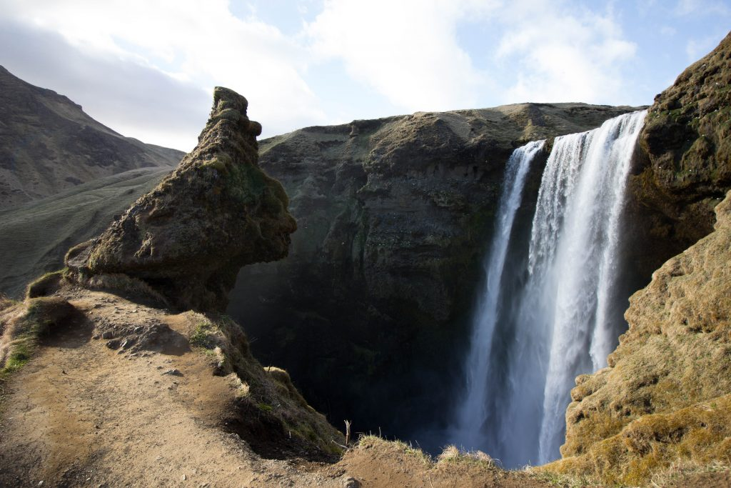 little-wanderings-skogafoss-iceland-2